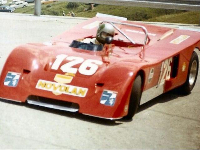 Chevron B19